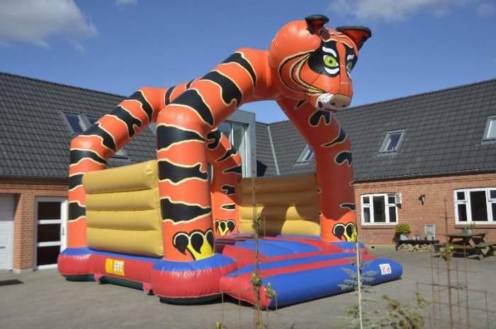 salg/udlejning af Hoppeborg tigeren