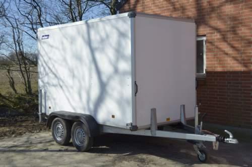 salg af Hvid Cargo trailer