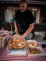 Lækre nybagt pizza